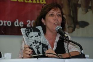"""Cristina Chacel fala sobre livro """"Seu Amigo Esteve Aqui"""""""